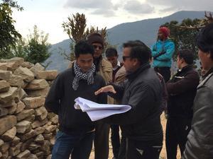 unser Team mit Architekten vor Ort